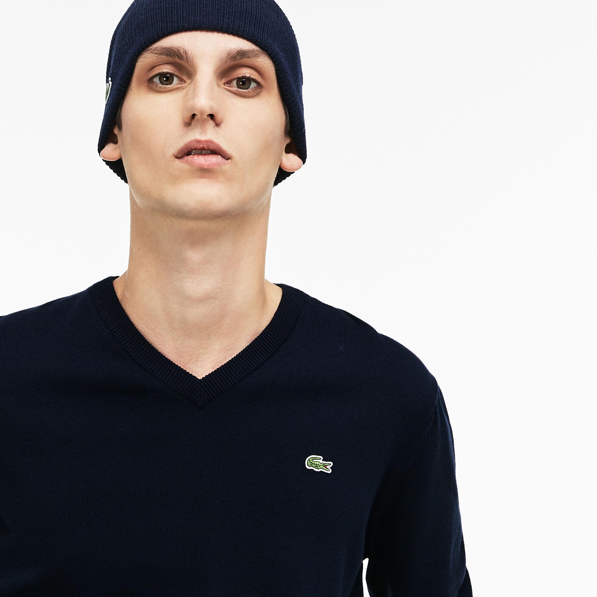 Lacoste Men's V-Neck Caviar Piqué Accent Cotton Jersey Sweater