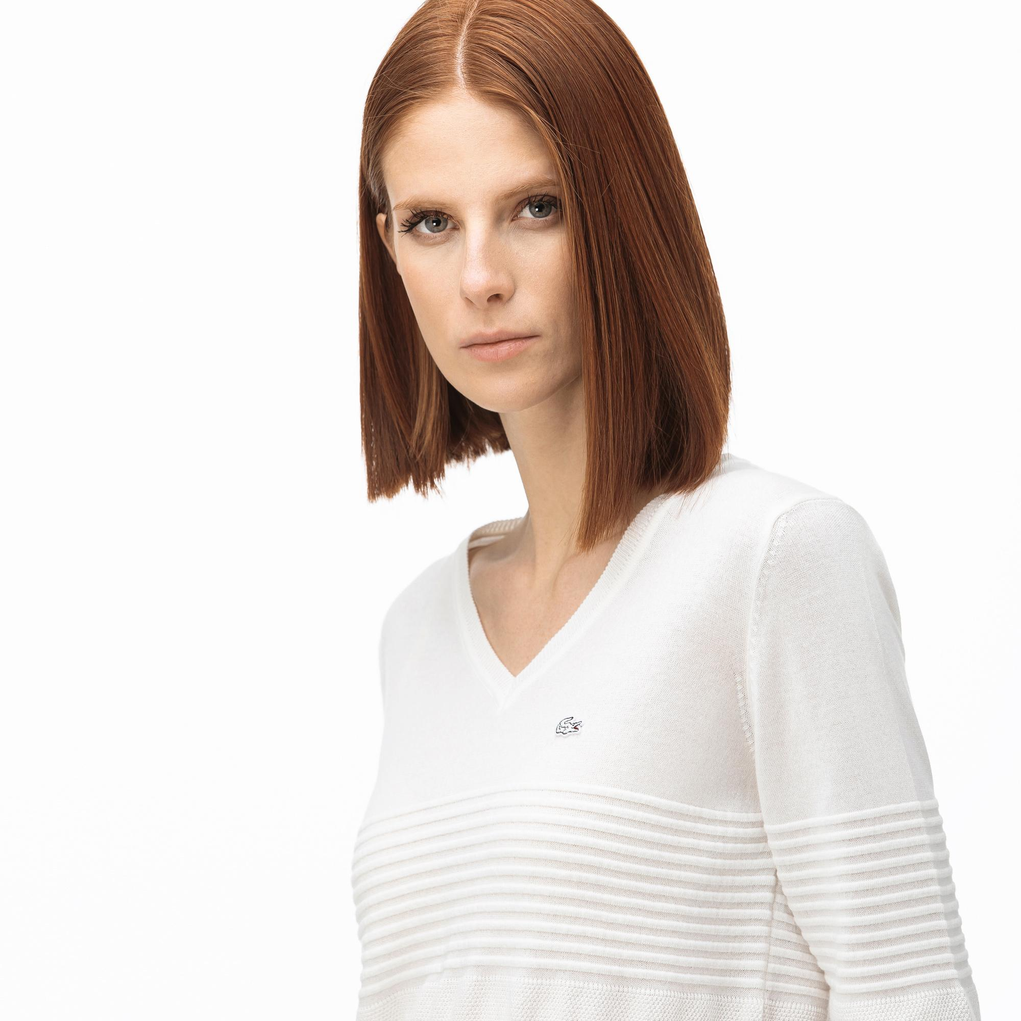 Lacoste Women's V-Neck Patterned Tricot Sweater